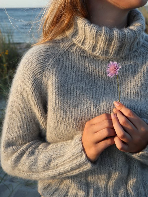 Cinis Sweater i solnedgang